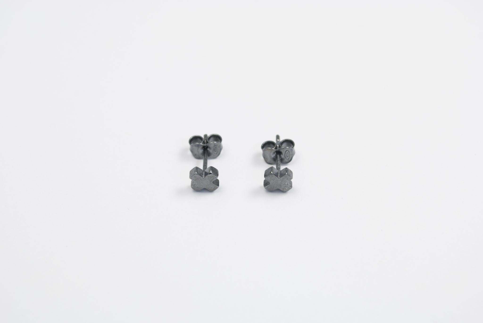 Silver earrings GRAD X - black patina