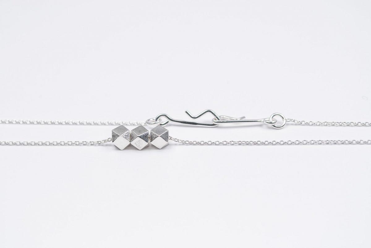 necklace artefakti thre silver elements side view