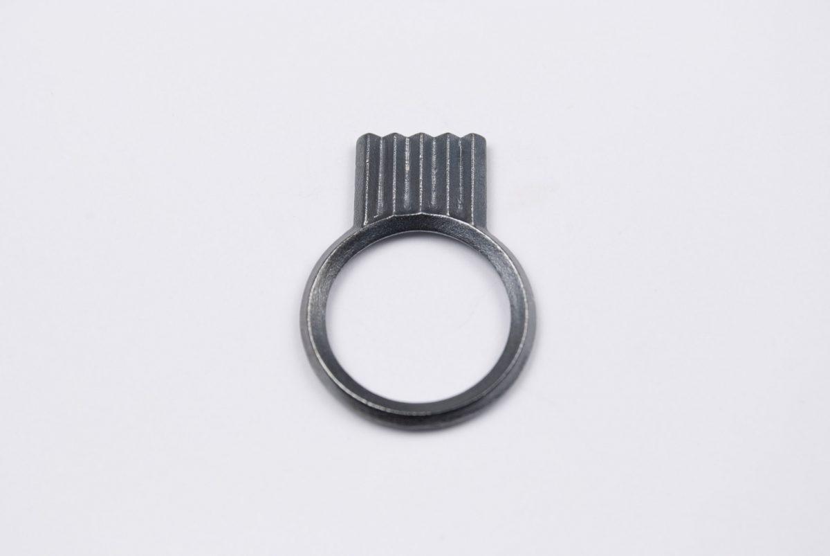 artefakti jewelry ring diagonal collection mini, silver black patina. front view